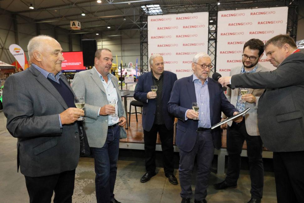 Publikace k výročí Metalexu je pokřtěna na výstavě Racing Expo