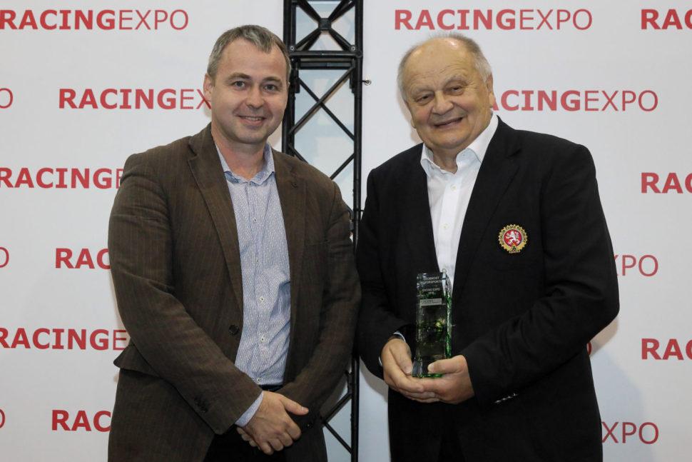Osobnost motorsportu navýstavě Racing Expo